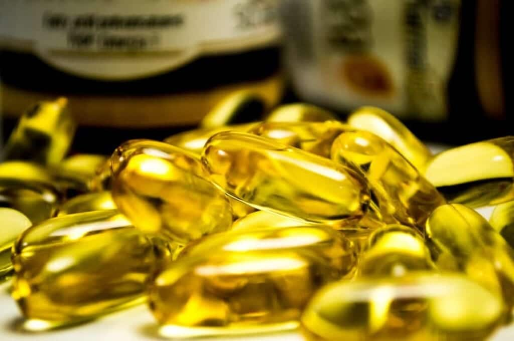yellow omega 3 pills