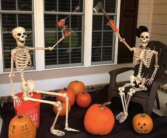 10 Tricks and Treats to Make Your House the Spookiest on the Block 5