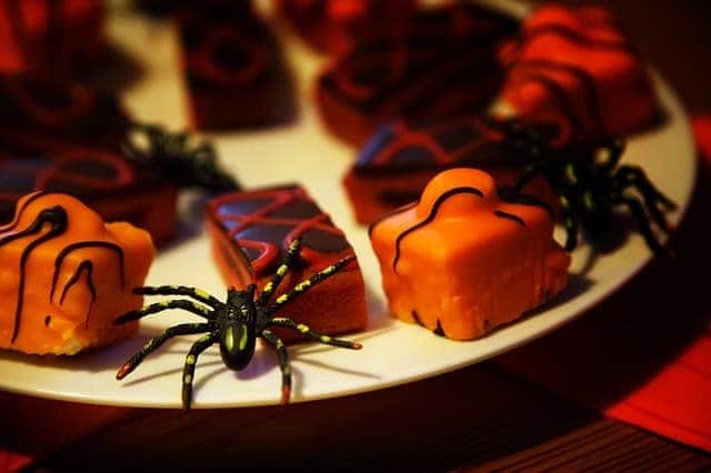 10 Tricks and Treats to Make Your House the Spookiest on the Block 9
