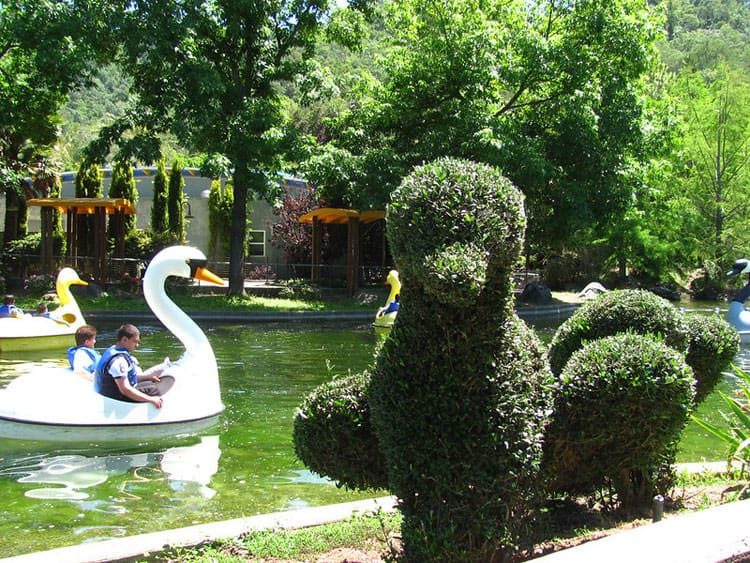 18 Family-Friendly Staycation Ideas in the Bay Area 2020 - Gilroy Gardens