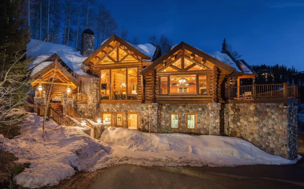 6 Amazing Airbnb Luxury Retreats Perfect For Your Ski Trip In 2020 5