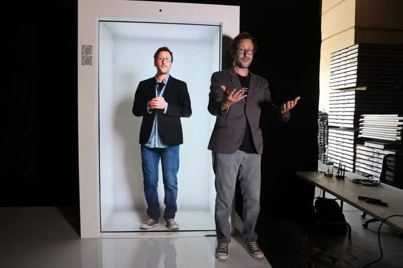 Tired of Zoom calls? Company offers at-home hologram machines 4