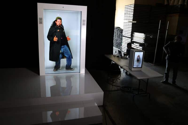 Tired of Zoom calls? Company offers at-home hologram machines 5