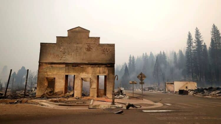 Wildfire Leaves Historic, 'Quirky' California Town in Smoldering Ruins 1