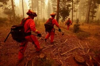 Three Injured as California's Second-Largest Wildfire Grows to Near 500,000 Acres 2