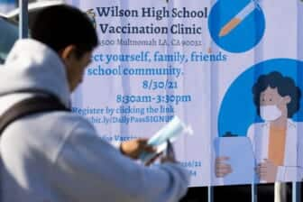 Los Angeles school officials order vaccines for students 12 and up 2