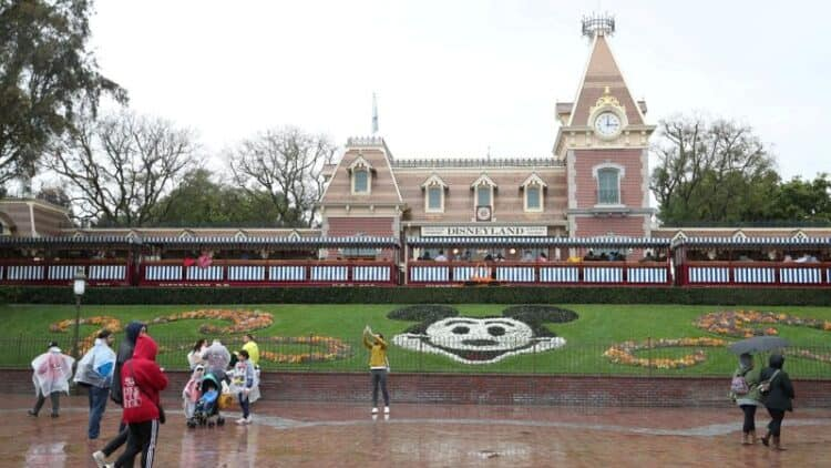 Disney's U.S. Parks in Florida and California to Offer Quicker Acces to Rides for a Fee 1